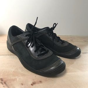 Merrell cypress black suede leather shoes